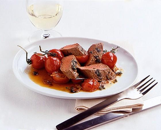 Thymian-Lamm mit Tomaten