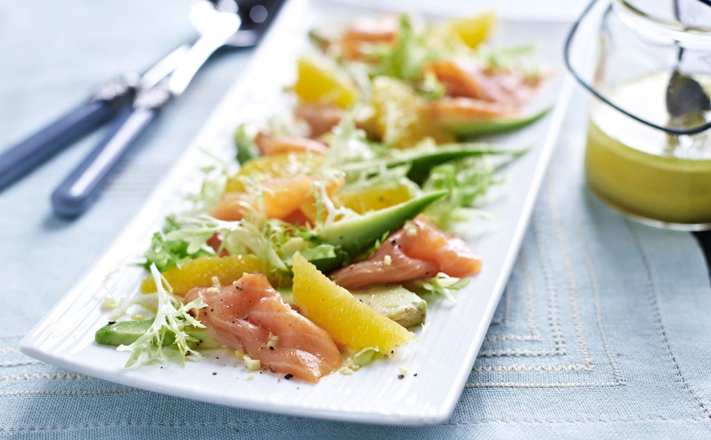 lachs avocado salat rezept essen trinken. Black Bedroom Furniture Sets. Home Design Ideas