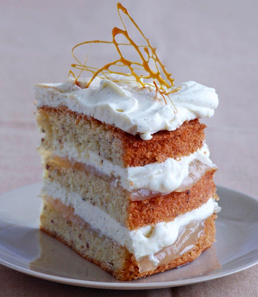 nuss birnen torte mit vanillecreme rezept essen trinken. Black Bedroom Furniture Sets. Home Design Ideas