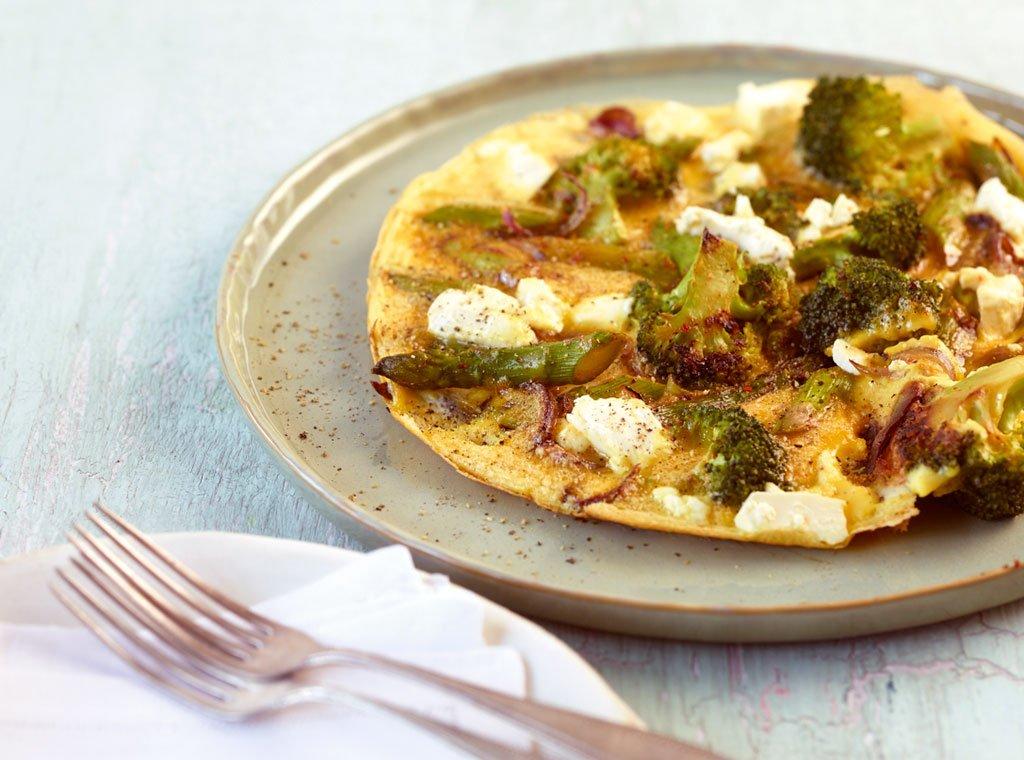 gebratenes spargel omelett vegetarisch rezepte suchen. Black Bedroom Furniture Sets. Home Design Ideas