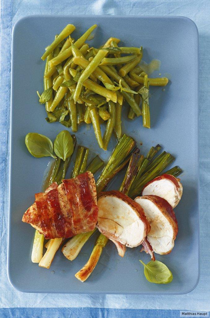 speck h hnchen mit bohnensalat rezept essen und trinken. Black Bedroom Furniture Sets. Home Design Ideas