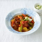 Paprika-Wurst-Gulasch