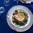 Räucherfisch-Flan mit Rote-Bete-Salat