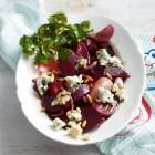 Rote-Bete-Salat mit Zwiebeln