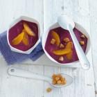 Rotkohl-Apfel-Suppe mit Zimt-Croûtons