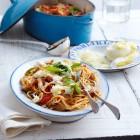 Tomaten-Auberginen-Pasta mit Pfifferlingen