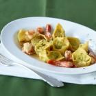Tortelloni mit Garnelen und Limettenbutter