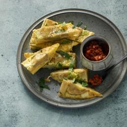 Artischocken-Tortilla mit Paprika-Tapenade