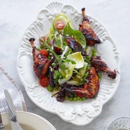 Blattsalat mit Graupen und Koriander-Hähnchen