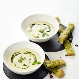 Sellerie-Rahm-Suppe mit Focaccia