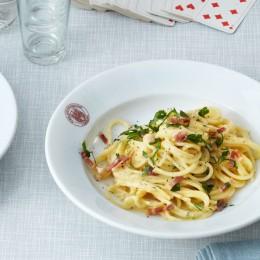 Spaghetti carbonara mit gepökelter Schweinebacke