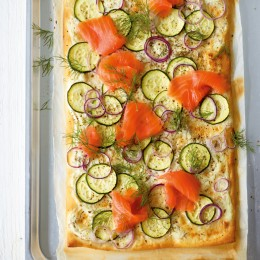 Zucchini-Lachs-Pizza