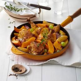 Kartoffel-Kürbis-Pfanne mit Maispoularde und Trauben