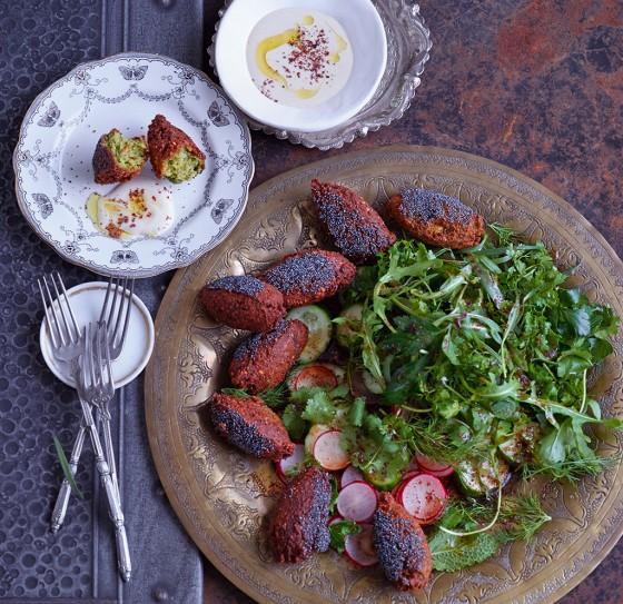 Falafel mit Kräutersalat