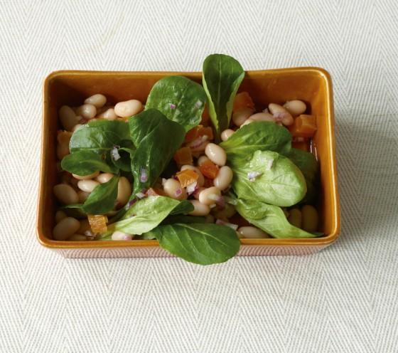 Feldsalat mit Bohnen