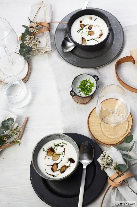 graukas suppe mit brezen krusteln rezept essen und trinken. Black Bedroom Furniture Sets. Home Design Ideas
