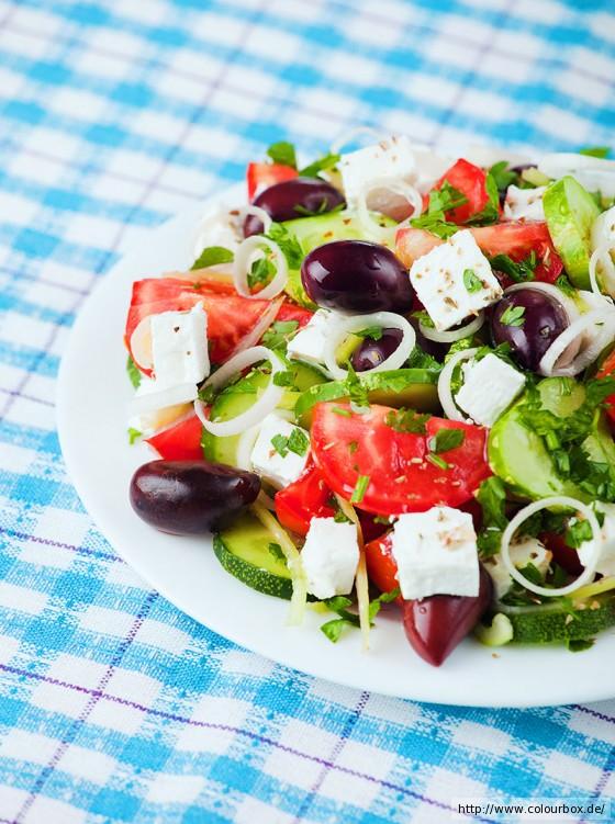 griechischer salat rezept essen und trinken. Black Bedroom Furniture Sets. Home Design Ideas
