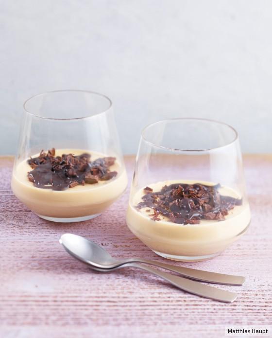 karamell panna cotta rezept essen und trinken. Black Bedroom Furniture Sets. Home Design Ideas