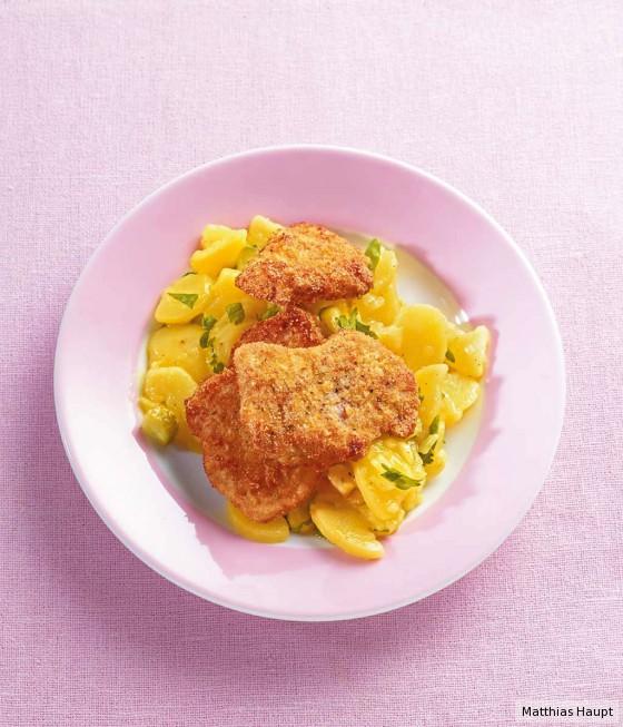Kartoffelsalat mit Polenta-Schnitzelchen