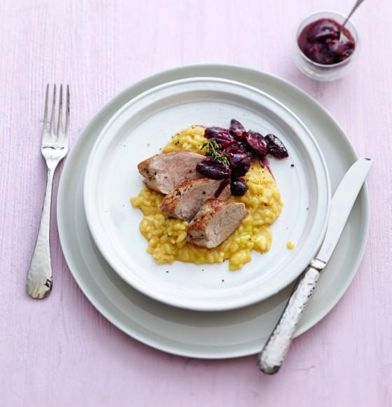 Schweinefilet mit Trauben-Chutney und Risotto