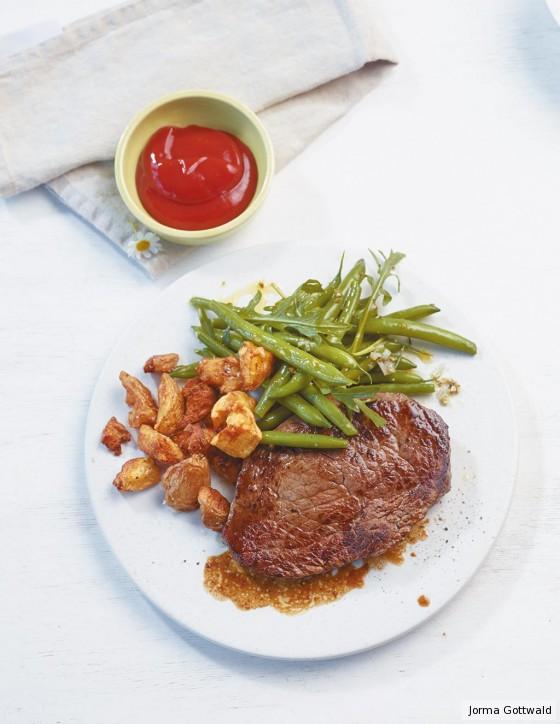 Steak mit Pfannen-Pommes
