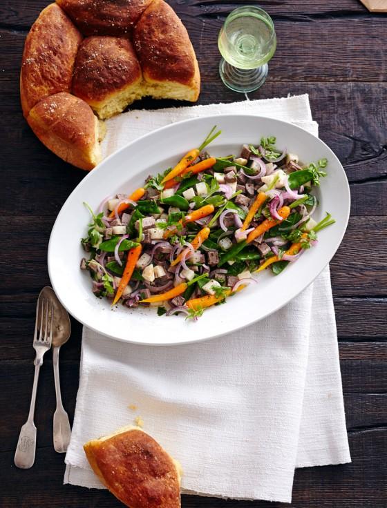 Lauwarmer Ochsenbrustsalat mit Kräuter-Vinaigrette