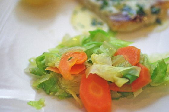 Spitzkohl-Möhren-Gemüse