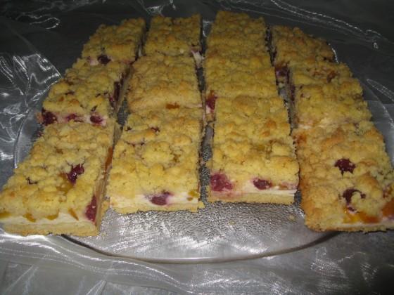 Quark-Obst-Streuselkuchen