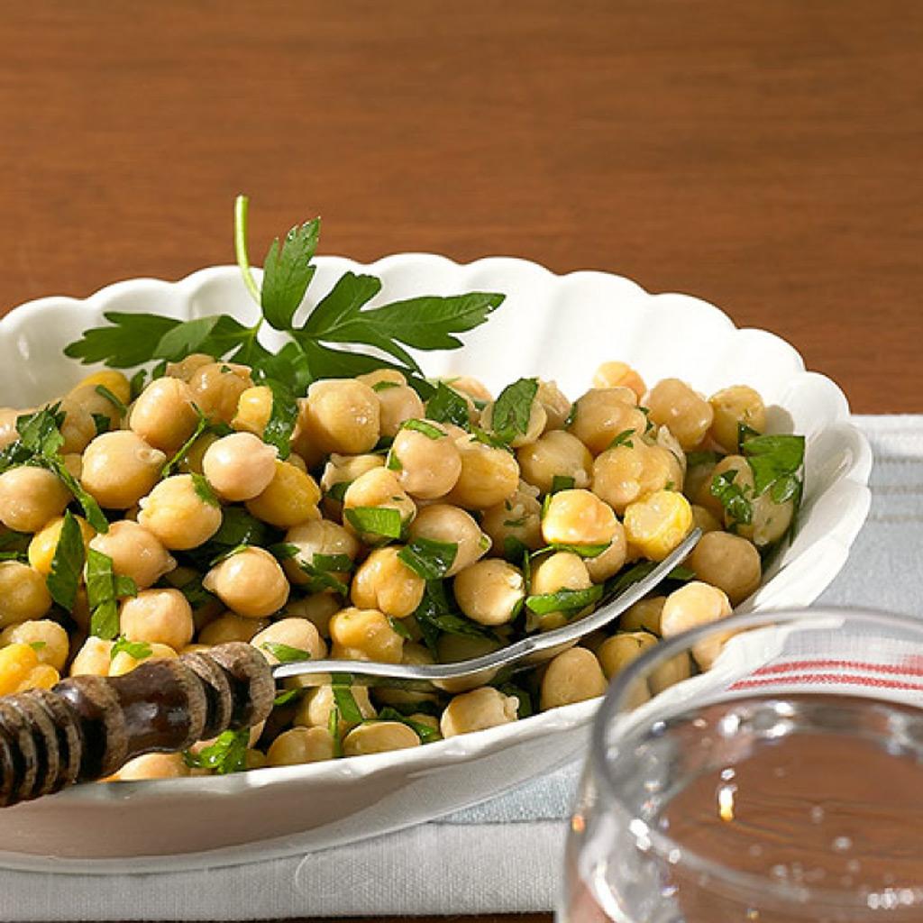 mais salat mit erbsen und pilzen schnell rezepte suchen. Black Bedroom Furniture Sets. Home Design Ideas