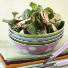 Salate mit Apfel