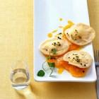 Joghurt-raviolu mit Orangensalat