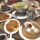 Die chinesische Tafel bietet eine große Auswahl
