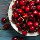 Frische Kirschen schmecken fruchtig-frisch