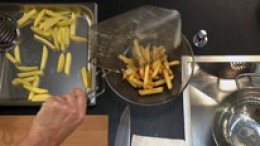 Kartoffelstifte fertig garen
