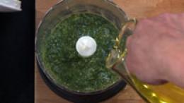 Olivenöl untermischen