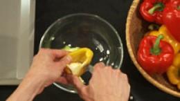 Paprika für Streifen vorbereiten Schritt 2