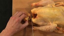 Huhn binden Schritt 2