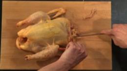 Huhn binden Schritt 1