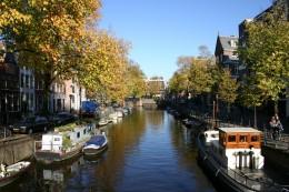 """Typisch Amsterdam: Die vielen Kanäe wie hier die """"Herengracht"""""""