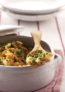 Beliebt: Herzhafte Stampfkartoffeln mit Möhren und Zwiebeln.