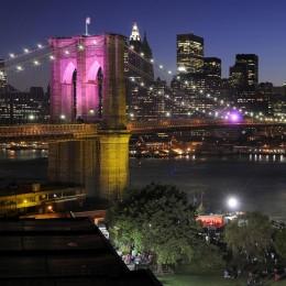 Brooklyn Bridge und Skyline