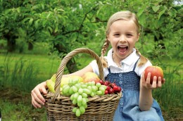 Mit Liebe geerntet. REWE Bio Obst und Gemüse.