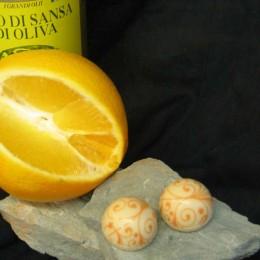 Orange und Olivenöl im Schokomantel