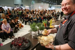 eat&STYLE Redaktions-Kochbühne