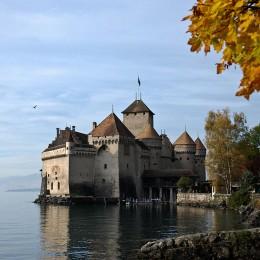 Das Schloss Chillon am Genfersee