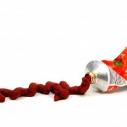 Tomatenmark: konzentriertes Fruchtfleisch