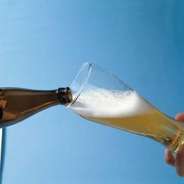 Wichtig beim Weißbier: Das Glas schief halten!
