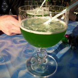 Berliner Weisse mit grünem Schuss