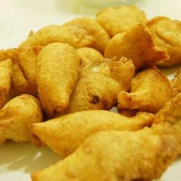 Sättigende Einlage für Fanesca: frittierte Teigtaschen
