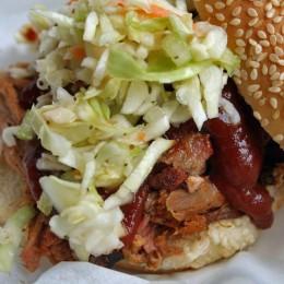 Coleslaw wird auch für Burger verwendet
